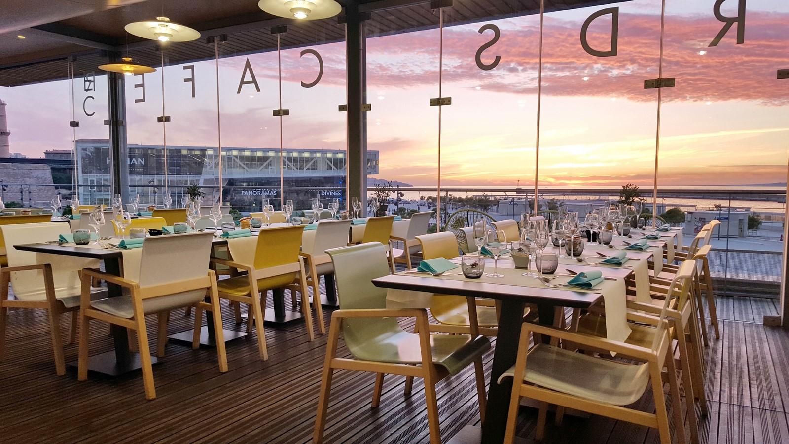 Repas Regards Cafe Terrasse